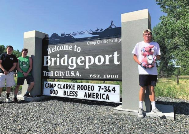 College pals wind up on tour of Nebraska