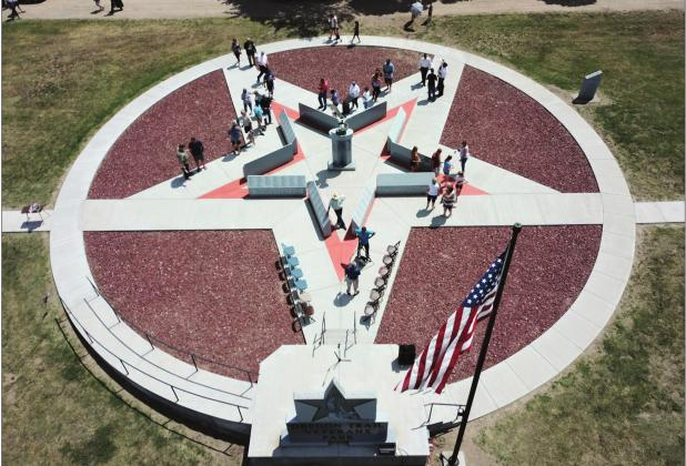 Oregon Trail Memorial Cemetery dedicates Veterans Memorial on Flag Day