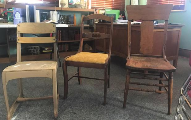 'Chair'-ity event to benefit public library