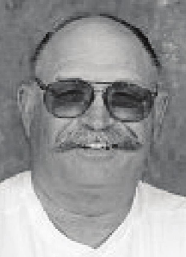 Robert Dell Gooder, 77
