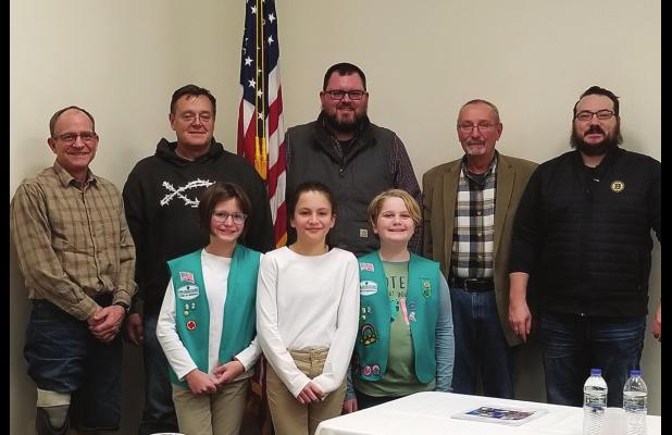 Girl Scouts question mayor and councilmen